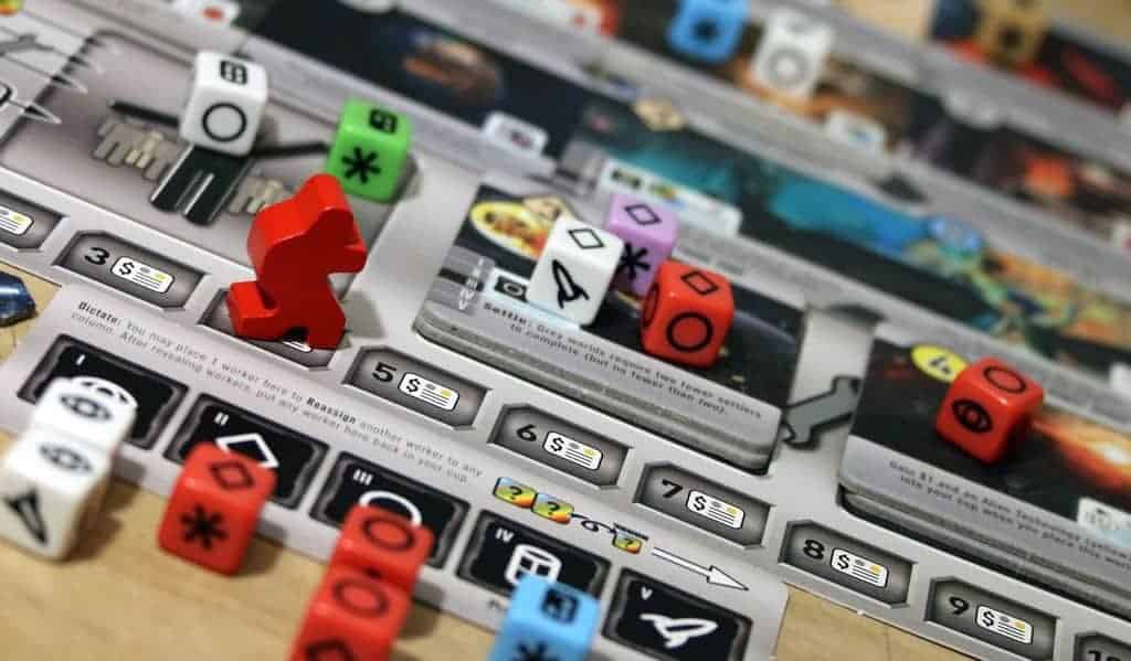 Roll for the Galaxy is somewhat abstract, but it does not prevent it from getting on the best of the best 3 player board game list.
