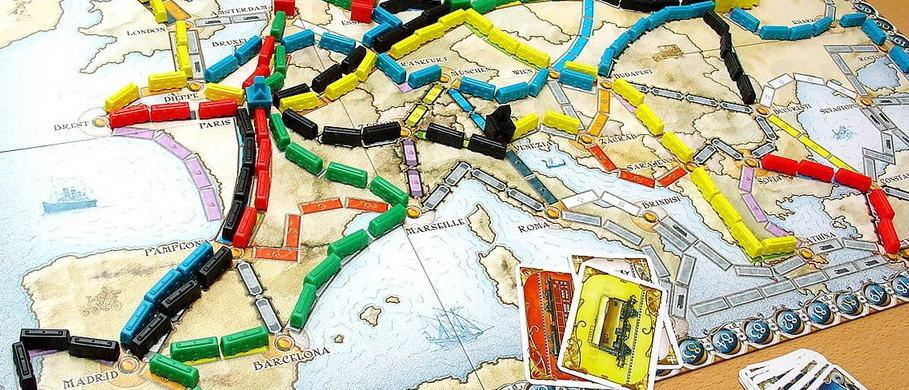 If I had to pick one best board game for family, it is likely to be Ticket to Ride.